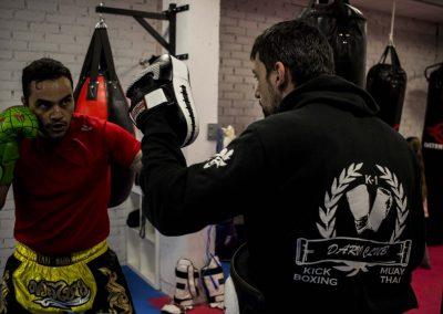 Kick Boxing, Muay Thai, Boxeo, K1, Cardio Fight, Sambo Policial, Jiu Jitsu Brasileño, Entrenamiento Funcional, Entrenamiento Personal, Gimnasio Navalcarnero, BJJ, Kickboxing, karate